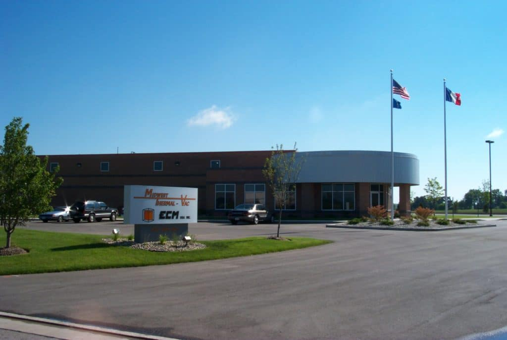 Основание ECM USA в г. Кеноша, Висконсин.